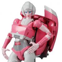 TakaraTomy Transformers Masterpiece MP-51 Arcee
