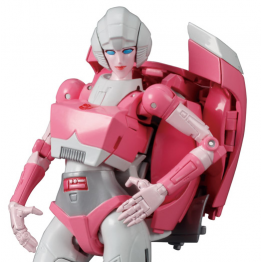 TakaraTomy Transformers Masterpiece MP-51 Arcee