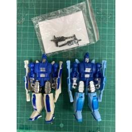 DX9  mini figure 2 pcs  (USED)