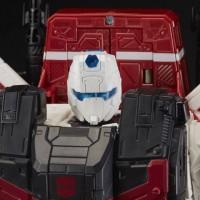 Transformers War for Cybertron Siege: Commander Jetfire