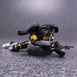 TakaraTomy Transformers MP-34S S Shadow Panther with Coin