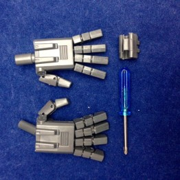 KP-09 Posable hands for MP24 STARSABER (Grey)