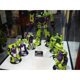 TarakaTomy Transformers Unite Warriors - UW-04 - Devastator